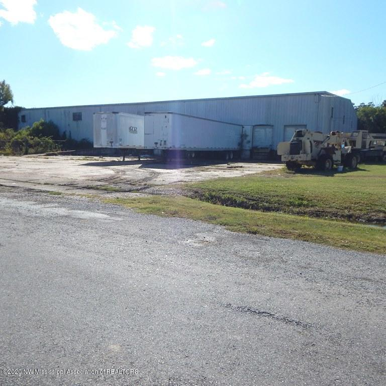 100 Charlie Capps Road, Bolivar, Mississippi 38732, ,Commercial,For Sale,Charlie Capps,331934