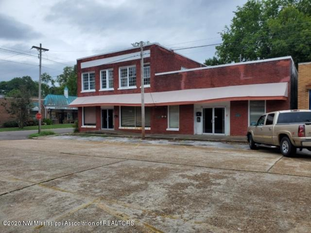 170 Center Street, Marshall, Mississippi 38635, ,Commercial,For Sale,Center,332044