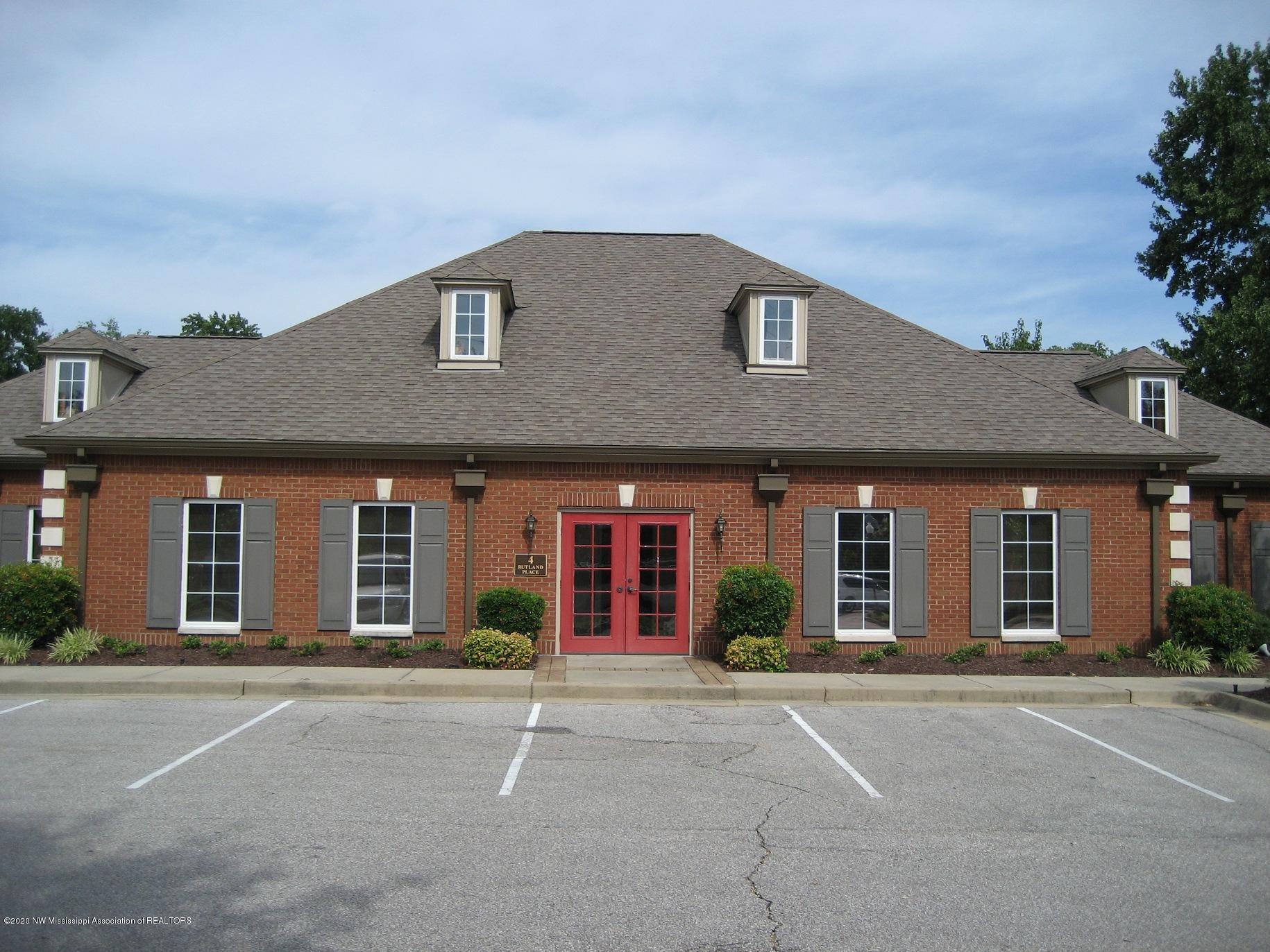 6858 Swinnea Road, DeSoto, Mississippi 38671, ,Commercial,For Sale,Swinnea,332367