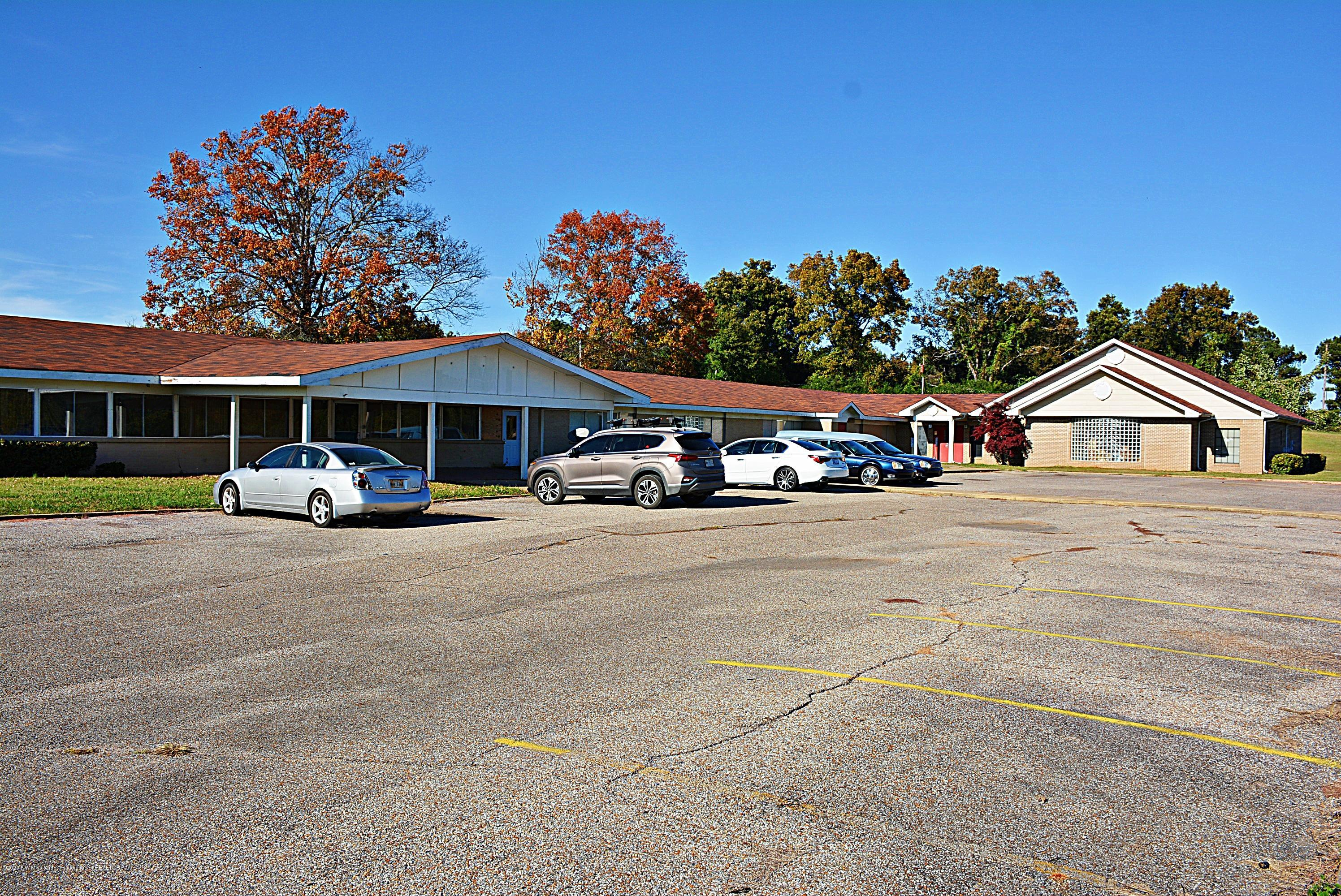960 Hwy 4, Marshall, Mississippi 38635, ,Commercial,For Sale,Hwy 4,332433