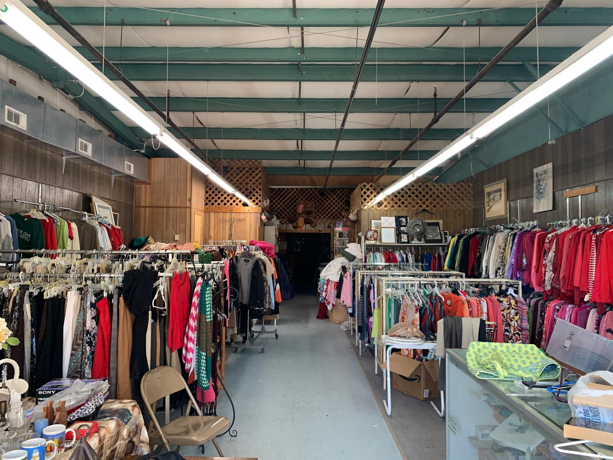 110-120 ROBINSON STREET, Tate, Mississippi 38668, ,Commercial,For Sale,ROBINSON STREET,332439