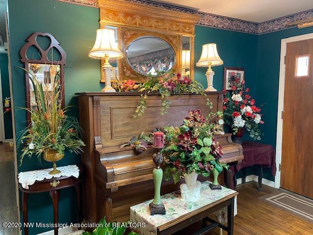 7063 Swinnea Road, DeSoto, Mississippi 38671, ,Commercial,For Sale,Swinnea,332998