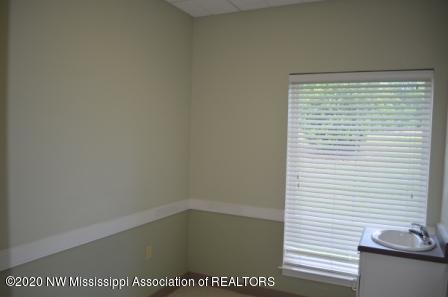 6858 Swinnea Road, DeSoto, Mississippi 38671, ,Commercial,For Sale,Swinnea,333409