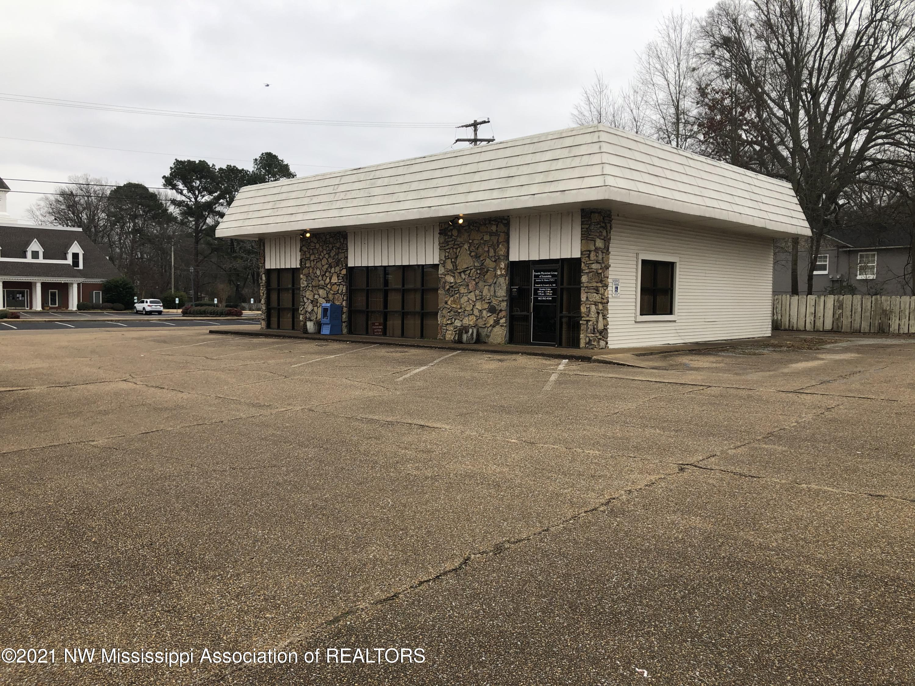 232 Main Street, Tate, Mississippi 38668, ,Commercial,For Sale,Main,333372