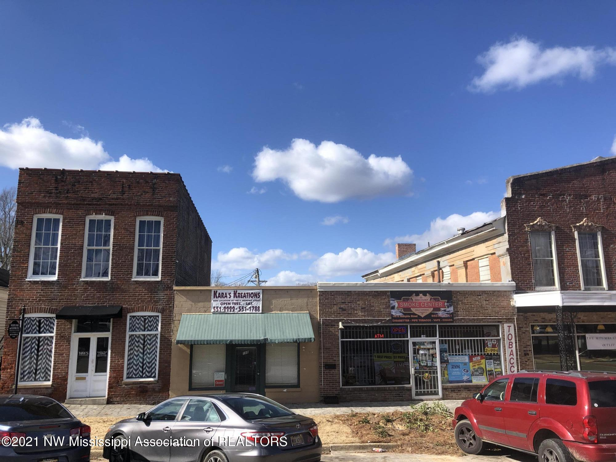 145 Memphis Street, Marshall, Mississippi 38635, ,Commercial,For Sale,Memphis,333446