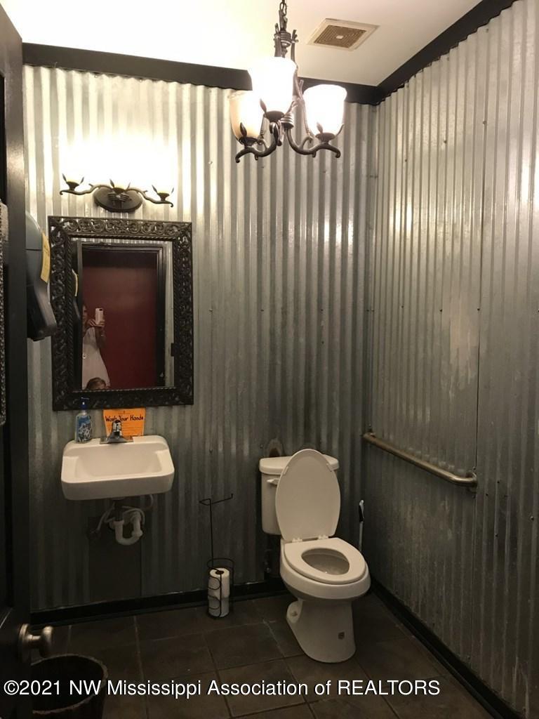 126 PUBLIC SQUARE - BATHROOM