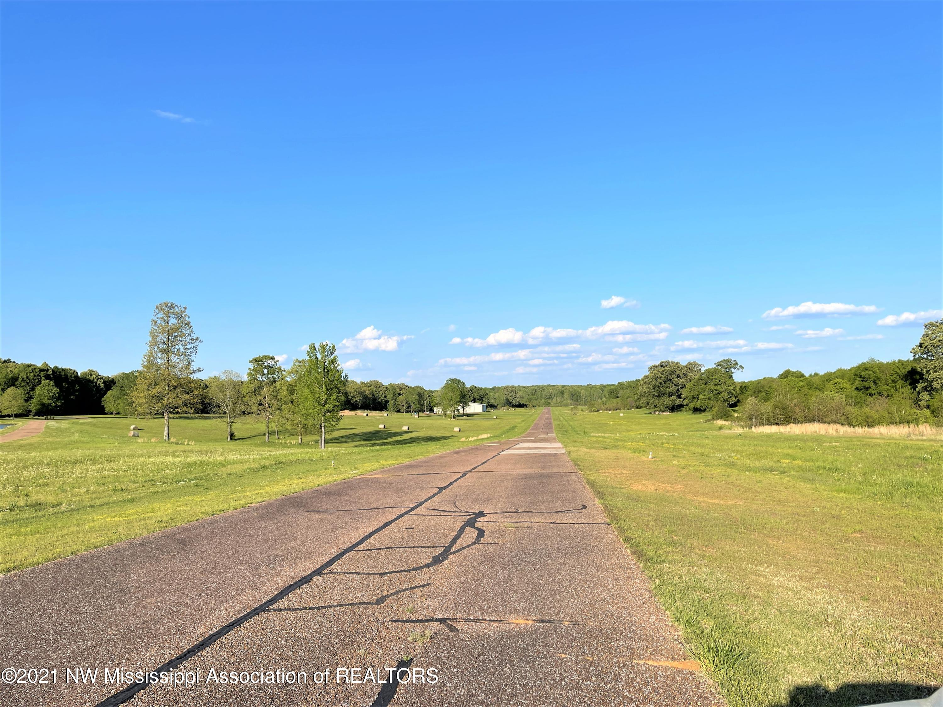 Image 7 - 101.9 Acres Williamsfield Airp