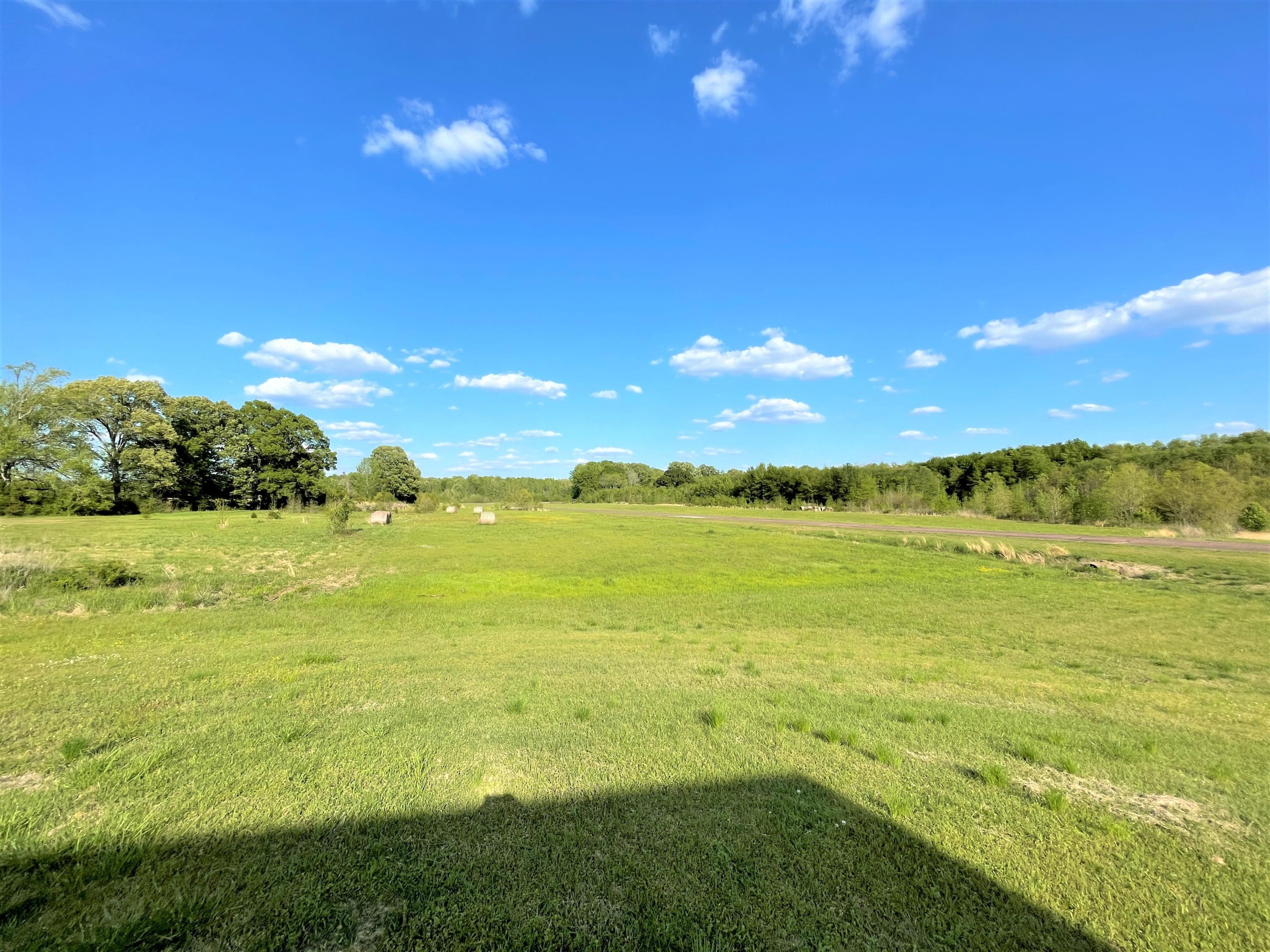 Image 9 - 101.9 Acres Williamsfield Airp
