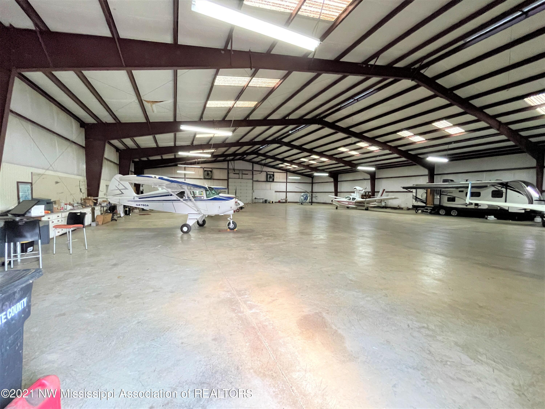Image 11 - 101.9 Acres Williamsfield Air