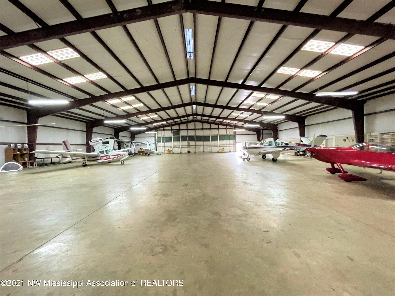 Image 12 - 101.9 Acres Williamsfield Air