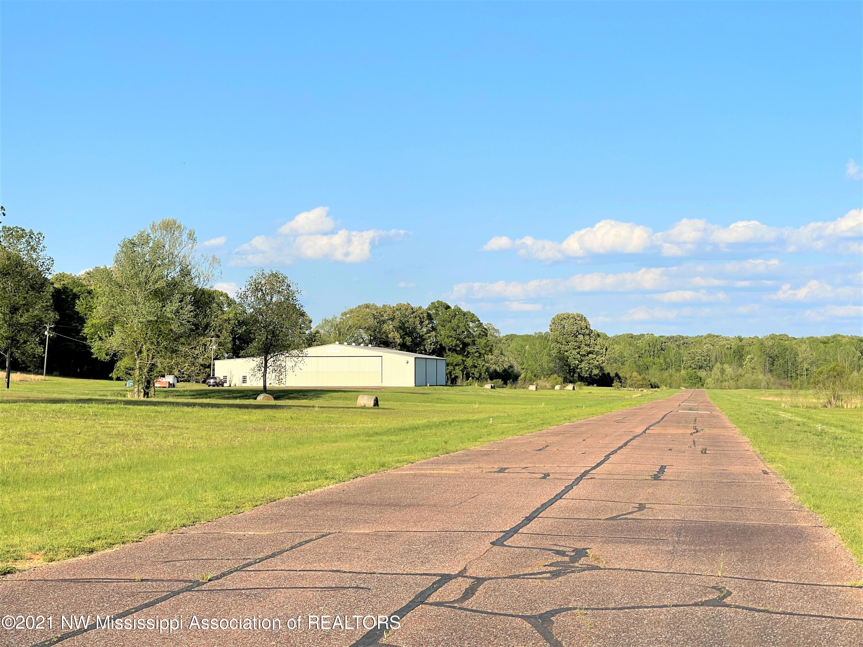 Image 1 - 101.9 Acres Williams Field Air
