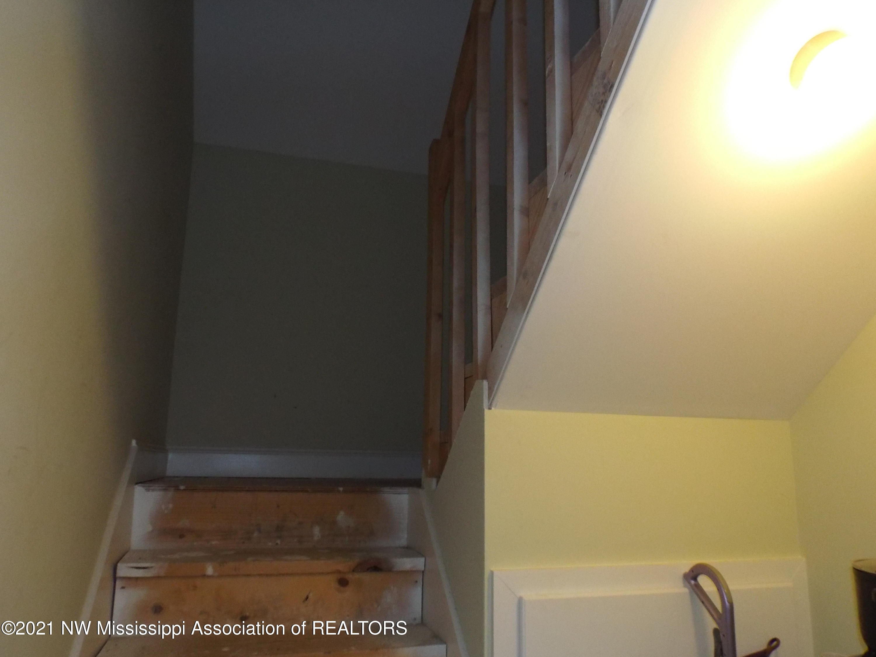 full size staircase to attic