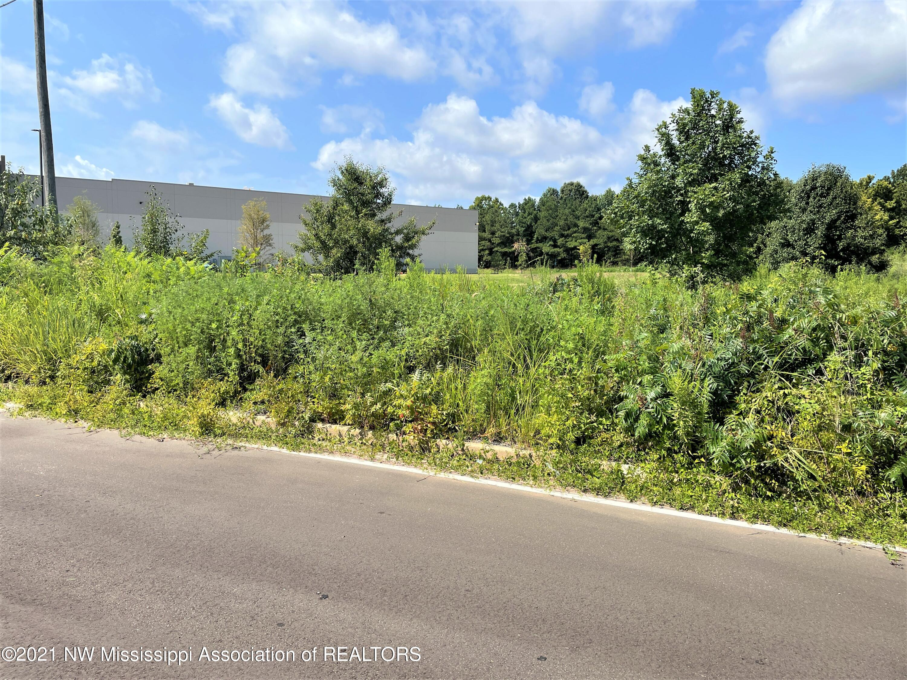 Image 1 - 0.72 Ac Frontage Road