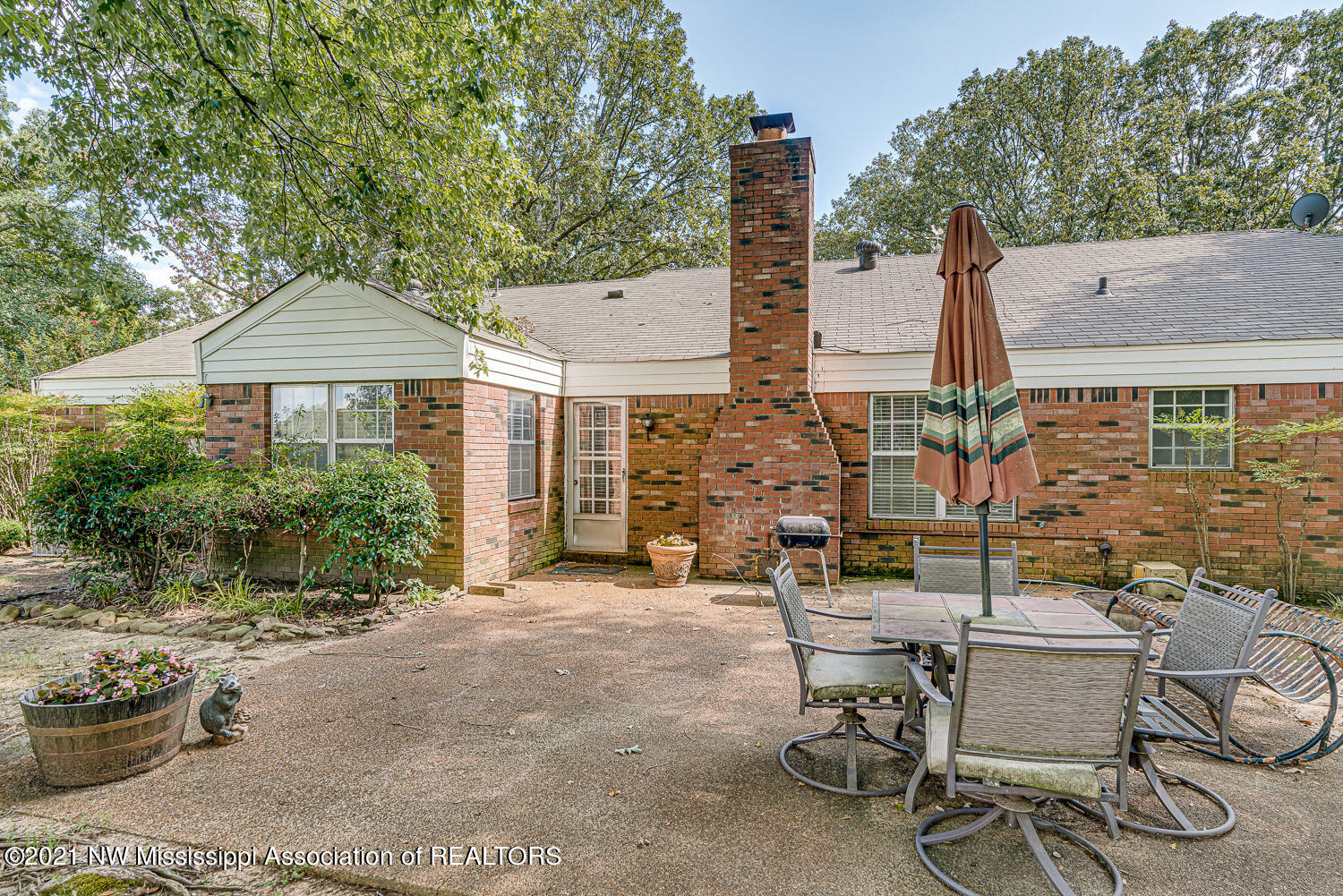 5600-County-Line-snapsold-screen-214699-