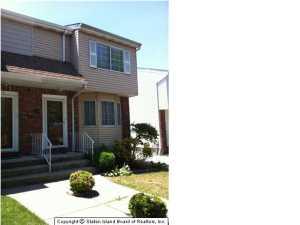 30 Boyce Avenue, Staten Island, NY 10306