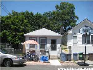 175 Kiswick Street, Staten Island, NY 10306