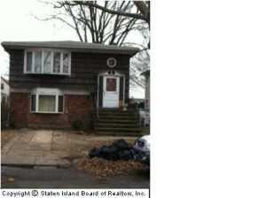 33 Galloway Avenue, Staten Island, NY 10302