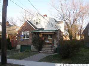 675 Davis Avenue, Staten Island, NY 10310