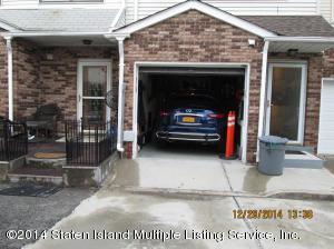 23 Jillian Court, Staten Island, NY 10310