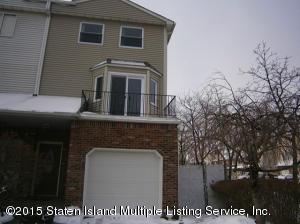 4 Dina Court, Staten Island, NY 10306