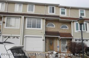 81 Francesca Lane, Staten Island, NY 10303
