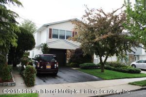 16 Nadal Place, Staten Island, NY 10314