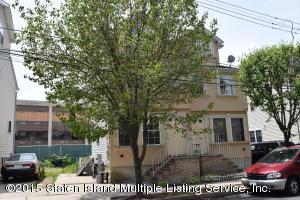 34 Rumpler Court, Staten Island, NY 10302