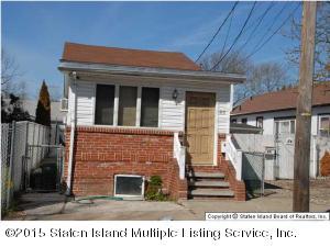 86 Mclaughlin Street, Staten Island, NY 10305