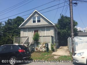 11 Waterford Court, Staten Island, NY 10305