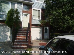71 Pembrook Loop, Staten Island, NY 10309