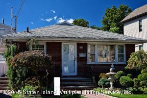 230 Alter Avenue, Staten Island, NY 10305