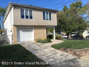 61 Perkiomen Ave, Staten Island, NY 10312
