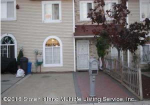 31 Adrianne Lane, Staten Island, NY 10303