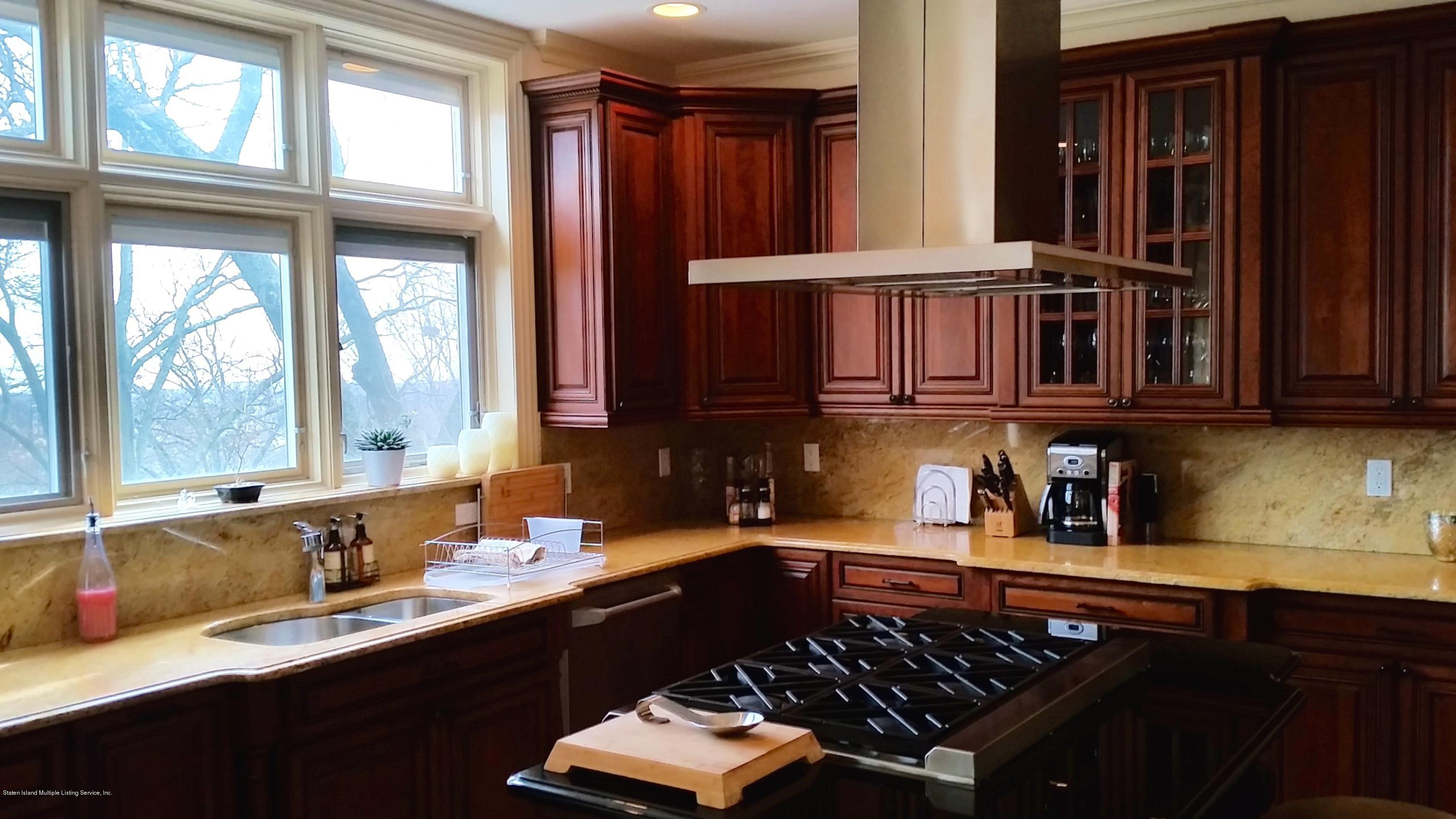 Single Family - Detached 1 Seven Gables Road  Staten Island, NY 10304, MLS-1101578-5