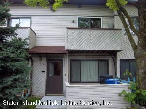 21 Wolkoff Lane, A, Staten Island, NY 10303