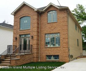 34 Rochelle Place, Staten Island, NY 10312