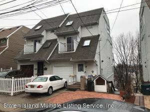 93 Tompkins Circle, Staten Island, NY 10301