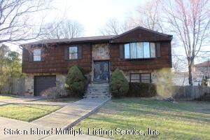 219 Albourne Avenue, Staten Island, NY 10309