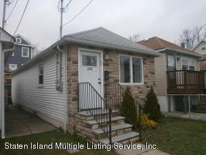 173 Moreland St, Staten Island, NY 10306