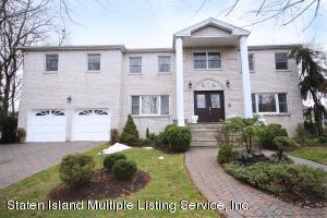 38 Radigan Avenue, Staten Island, NY 10309