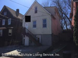 16 Doe Place, Staten Island, NY 10310