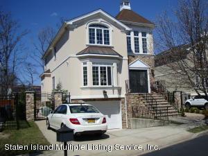 27 St Edward Lane, Staten Island, NY 10309