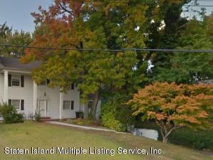 725 W Fingerboard Road, Staten Island, NY 10305