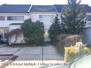 167 Carlyle Green, Staten Island, NY 10312