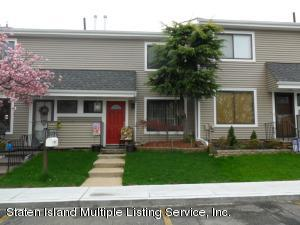 10 Meadow Court, Staten Island, NY 10309