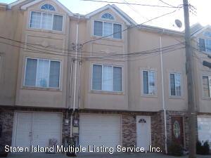 20 Jason Court, Staten Island, NY 10306