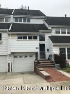 89 Dover Green, Staten Island, NY 10312