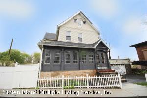 22 Tompkins Court, Staten Island, NY 10301
