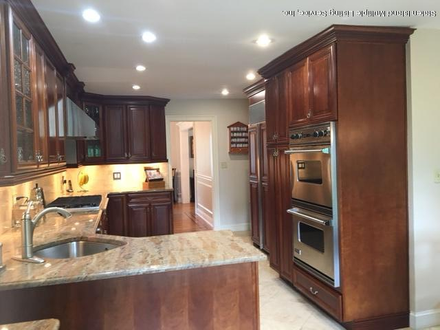 Single Family - Detached 144 Four Corners Rd   Staten Island, NY 10304, MLS-1110455-14