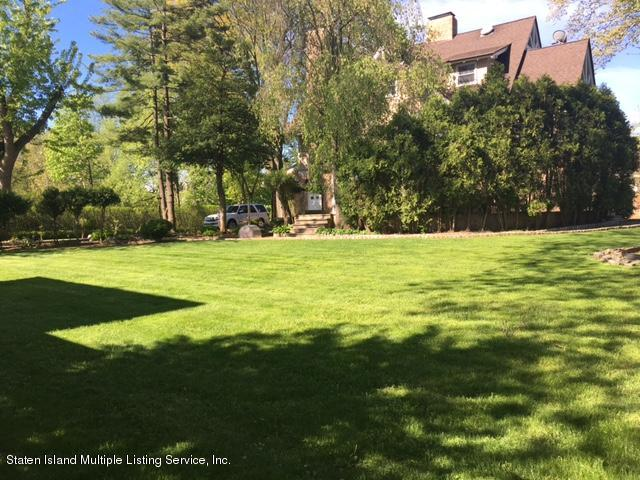 Single Family - Detached 144 Four Corners Rd   Staten Island, NY 10304, MLS-1110455-31
